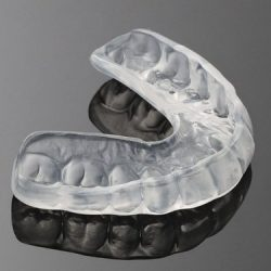 custom-fitted-mouthguard